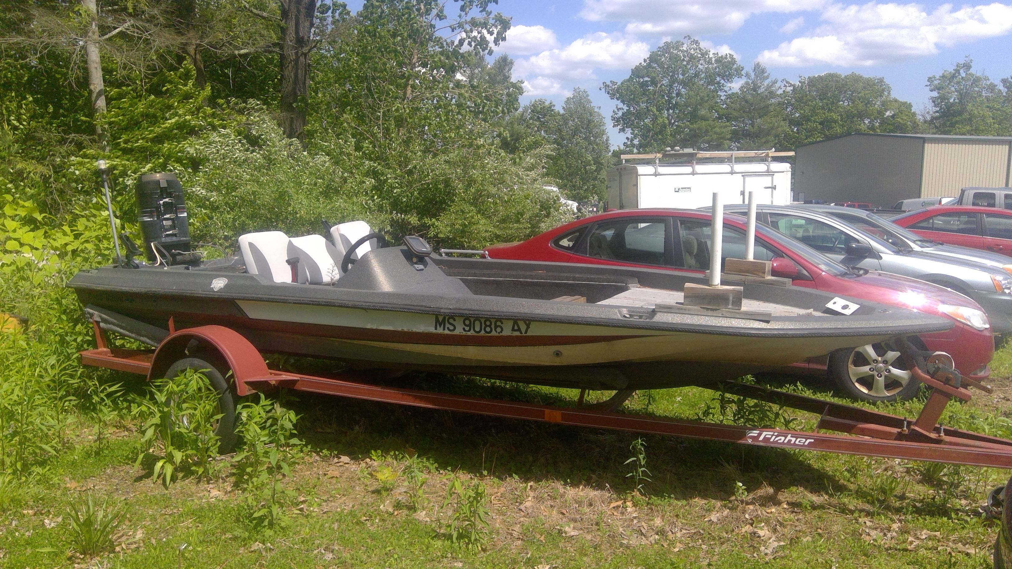 Fishing Boat with Mercury 115 oil injected outboard engine